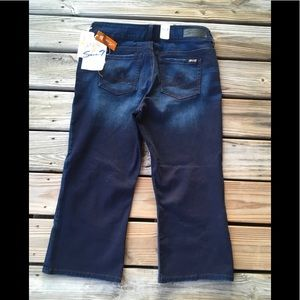 SEVEN7 DARK DENIM CROPPED JEANS NEW WITH TAGS
